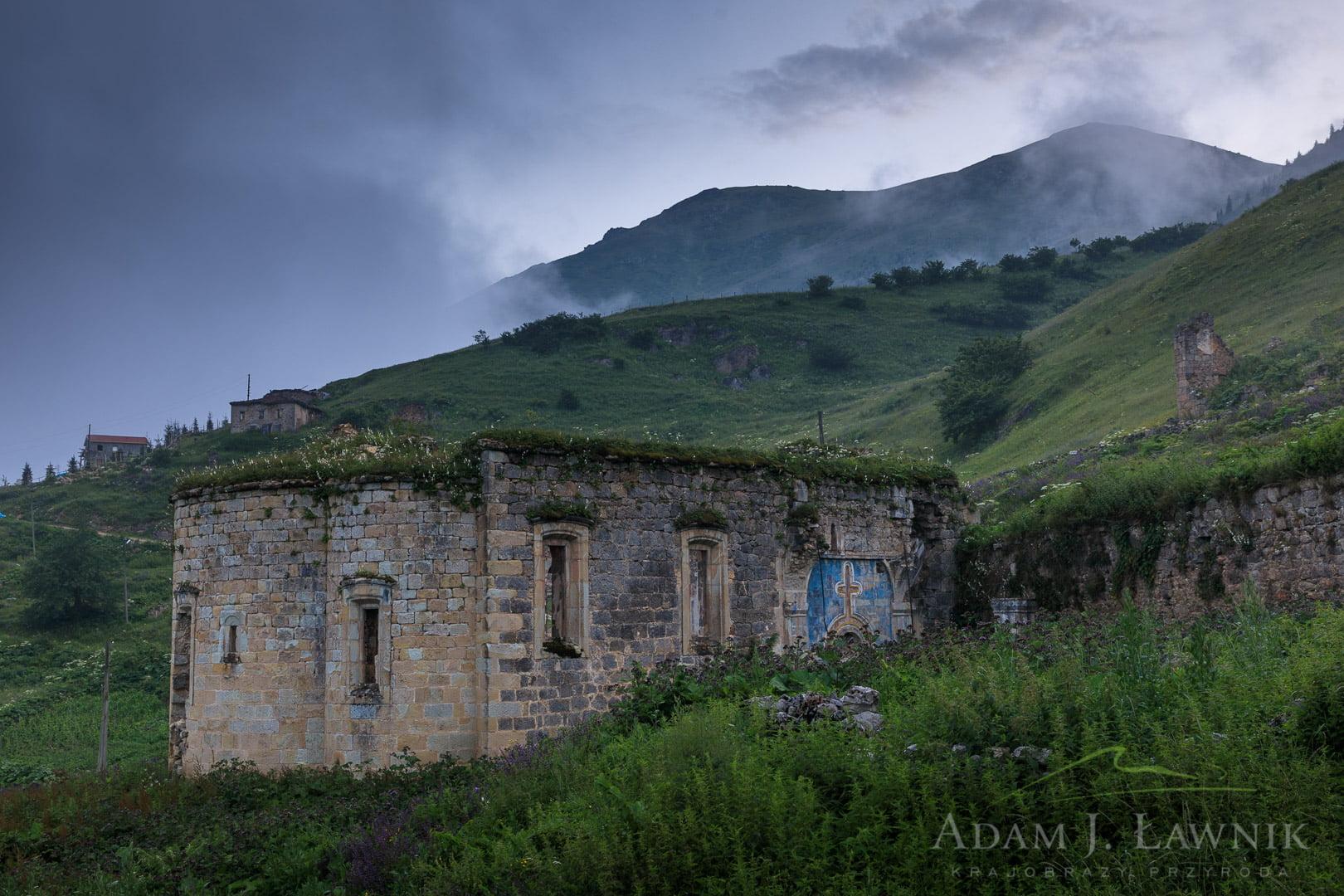 Santa Harabeleri ruiny cerkwii